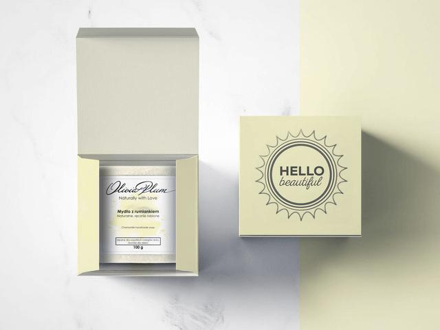 scatole per prodotti Packhelp per Olivia Plum