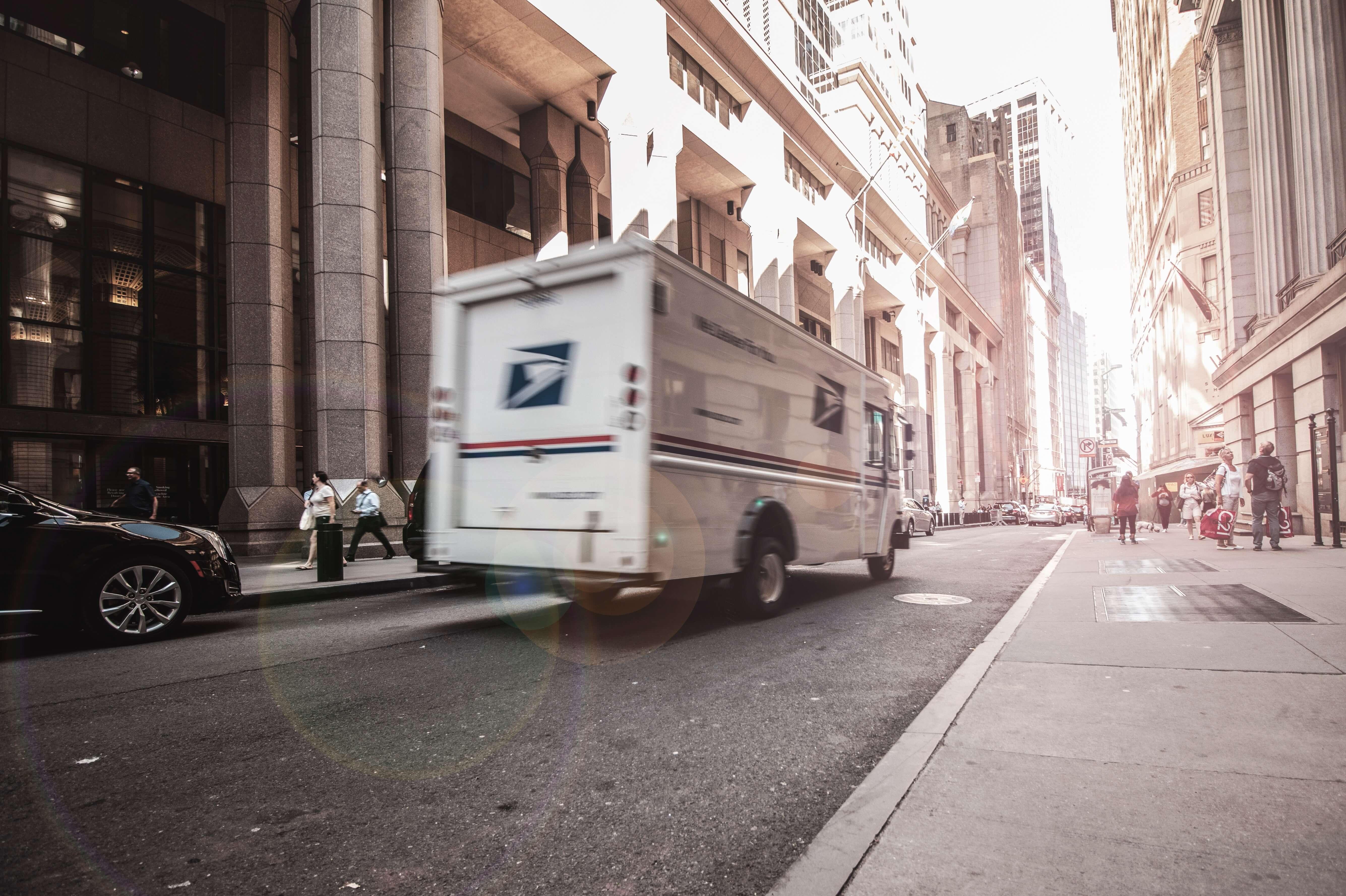 furgone packaging natalizio packhelp