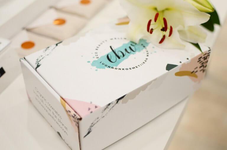 Scatole di cartone con coperchio: 10 ispirazioni fresche