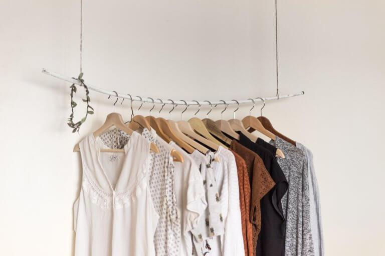 Własna marka odzieżowa – jak znaleźć niszę i zadbać o najlepszy branding?