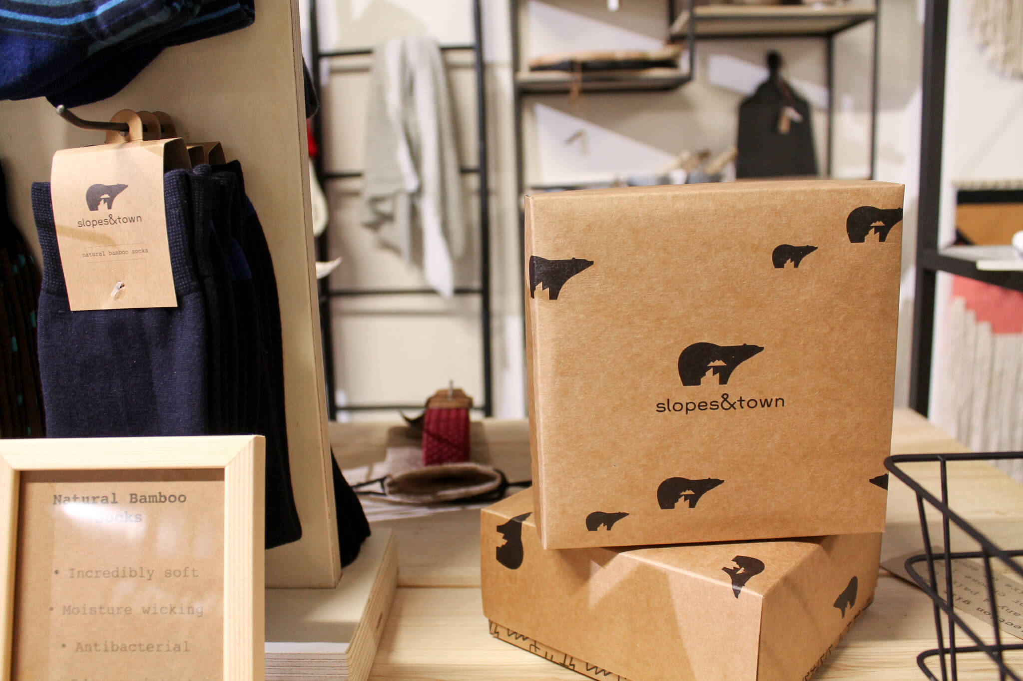 slopes & town sustainable packaging