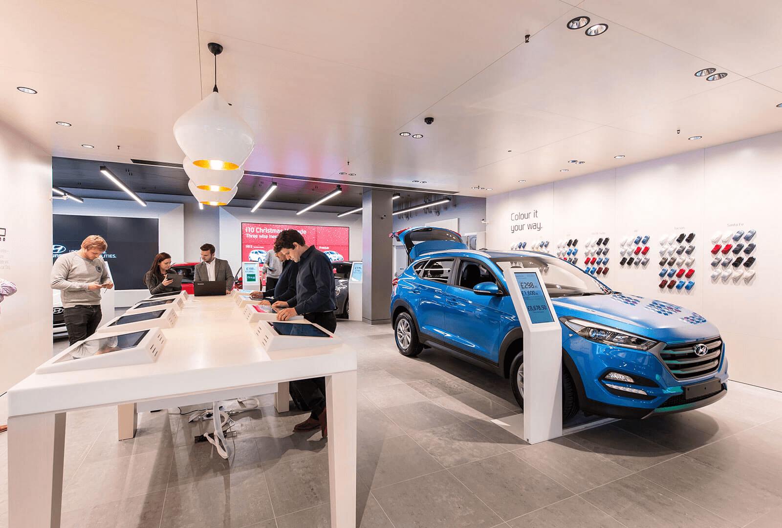 Magasin propre de vente directe Hyundai dans un mall
