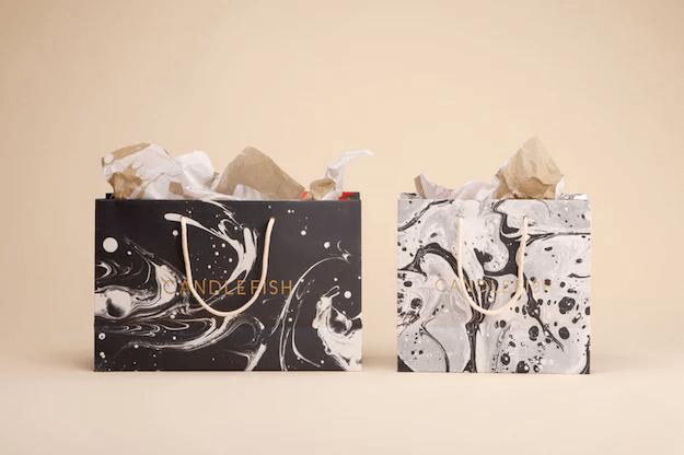 Texture marbrée sur emballage en carton