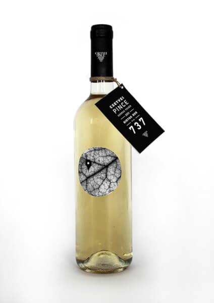 design de l'étiquette de vin csetvei pince