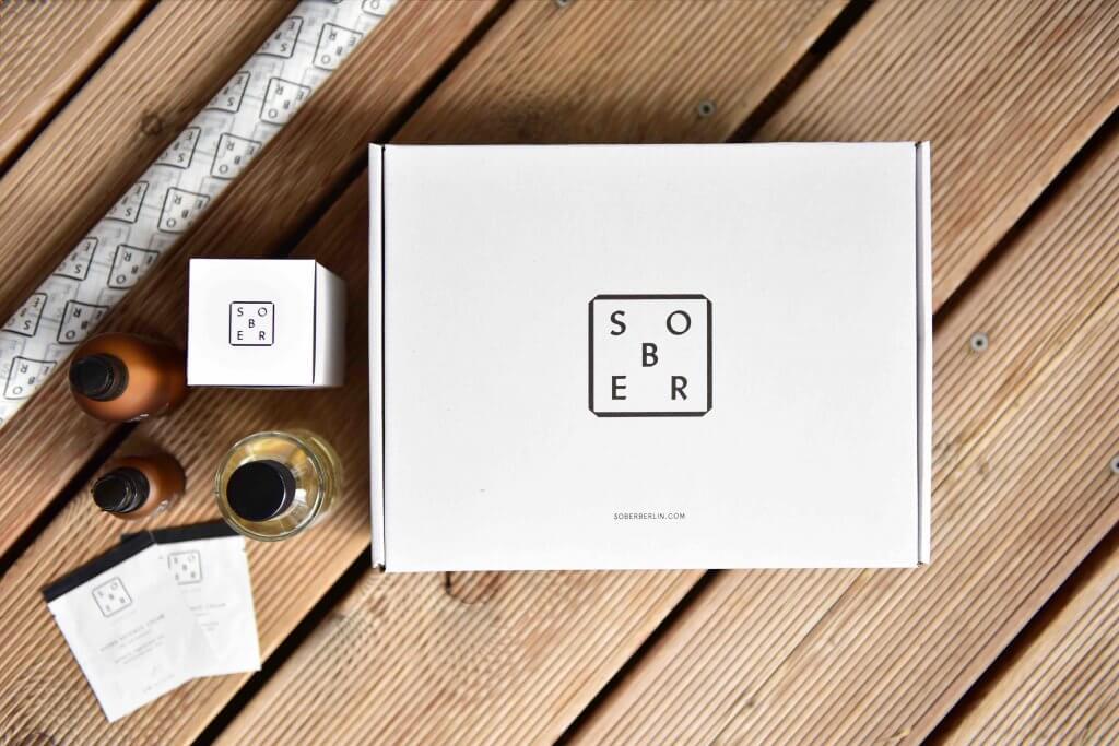 productos de sober con la caja de cartón