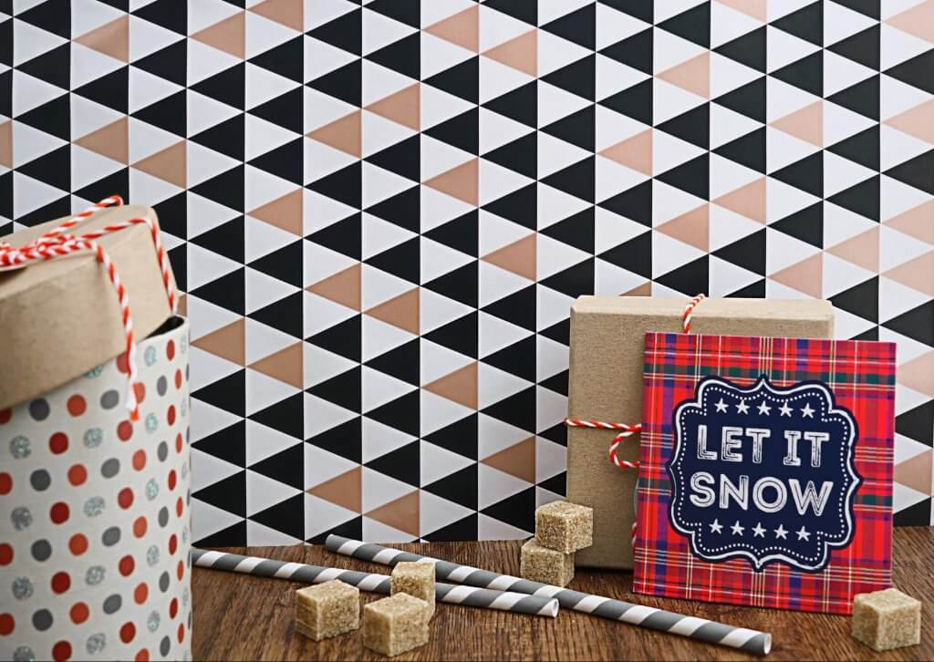 generic holiday gift packaging