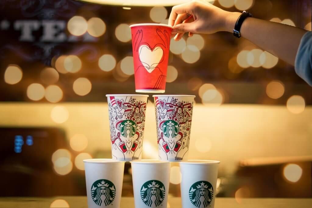 starbucks holidays coffee cups