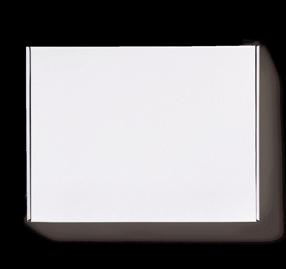 białe pudełko wysyłkowe bez nadruku