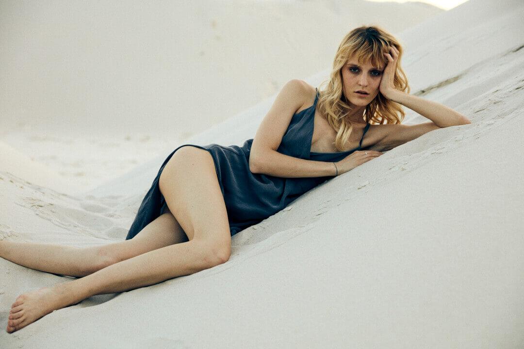 Le mannequin Aleksandra Kolodziej qui pose