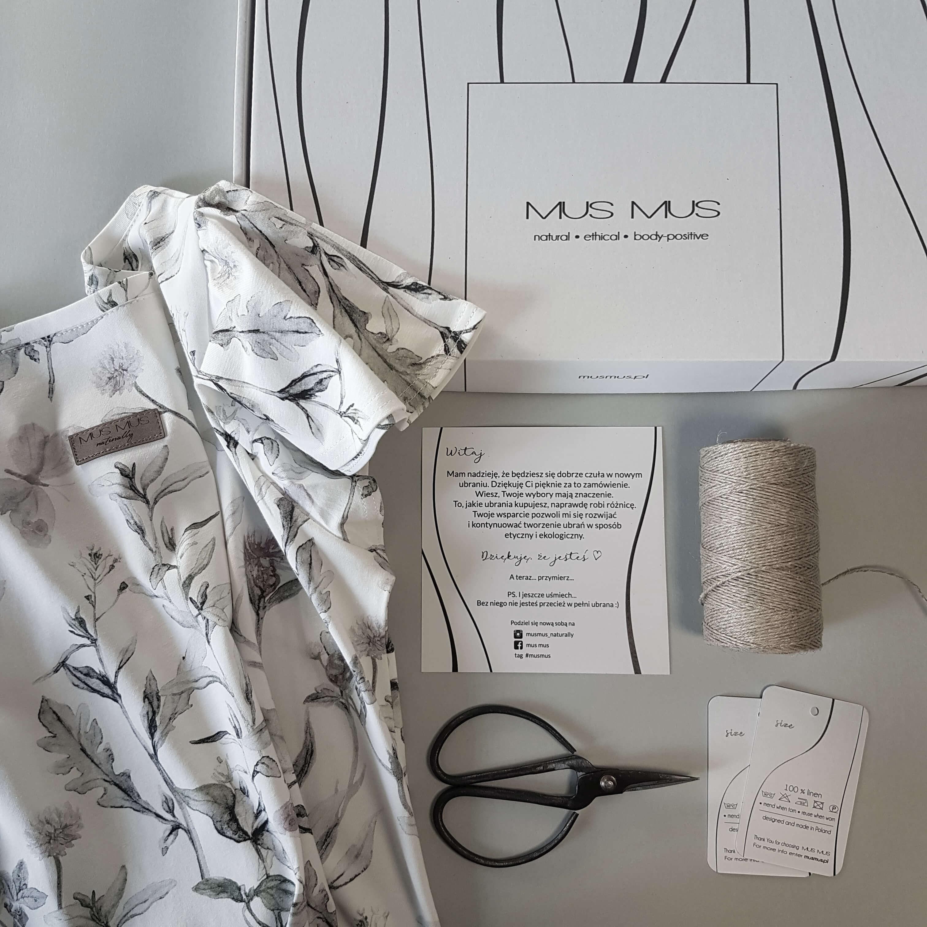 Scatola Postale Eco White con tessuto e materiale per cucito