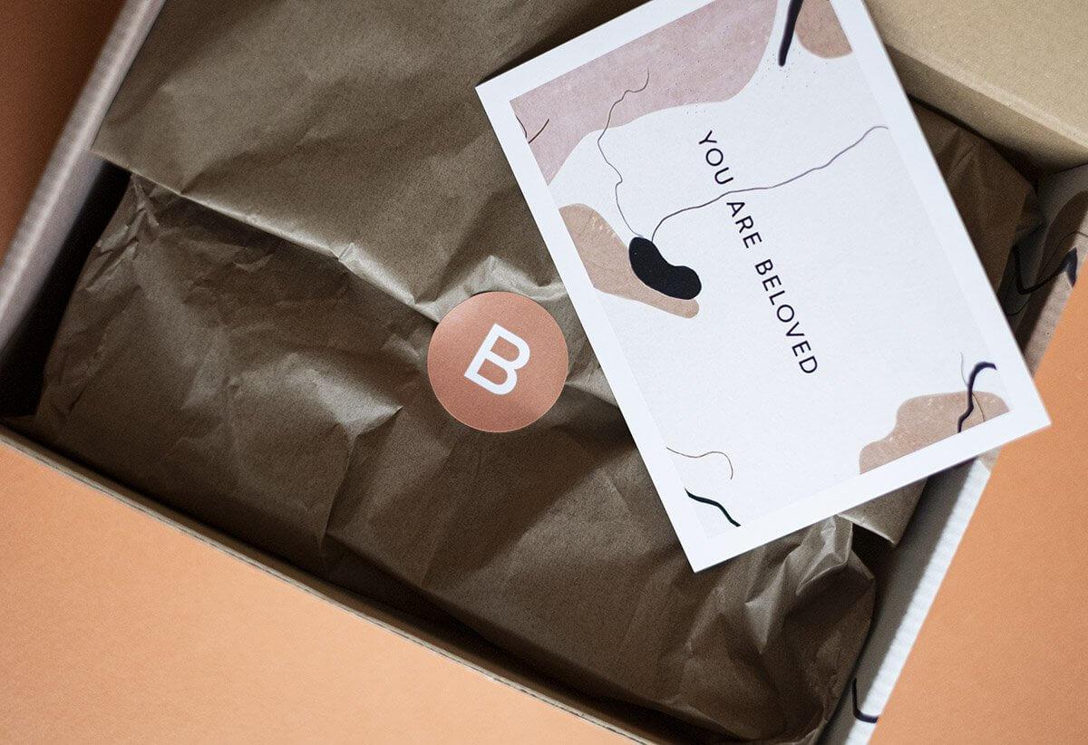 Beloved shop krabice s hedváným papírem