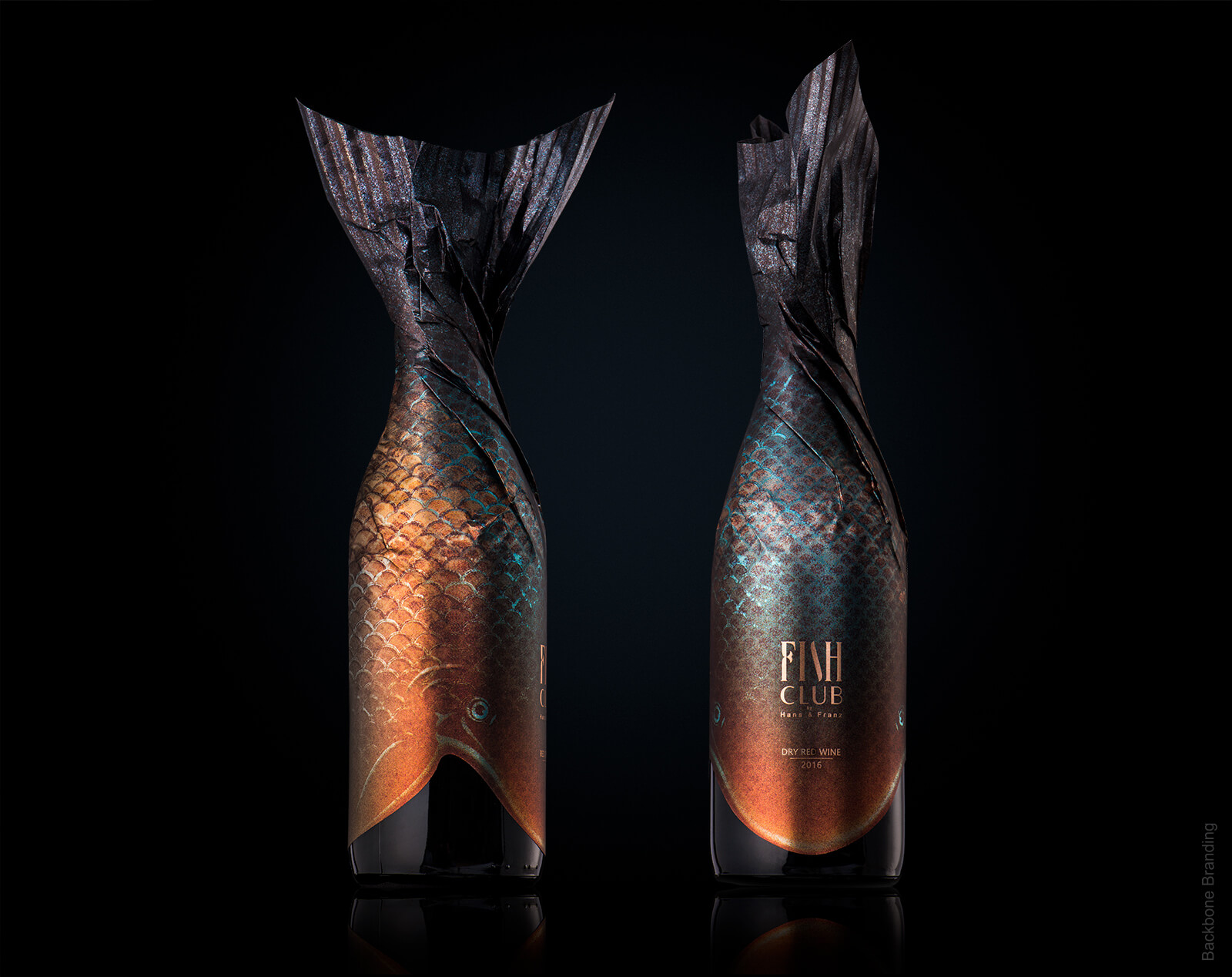 Bouteilles d'alcool avec un packaging original