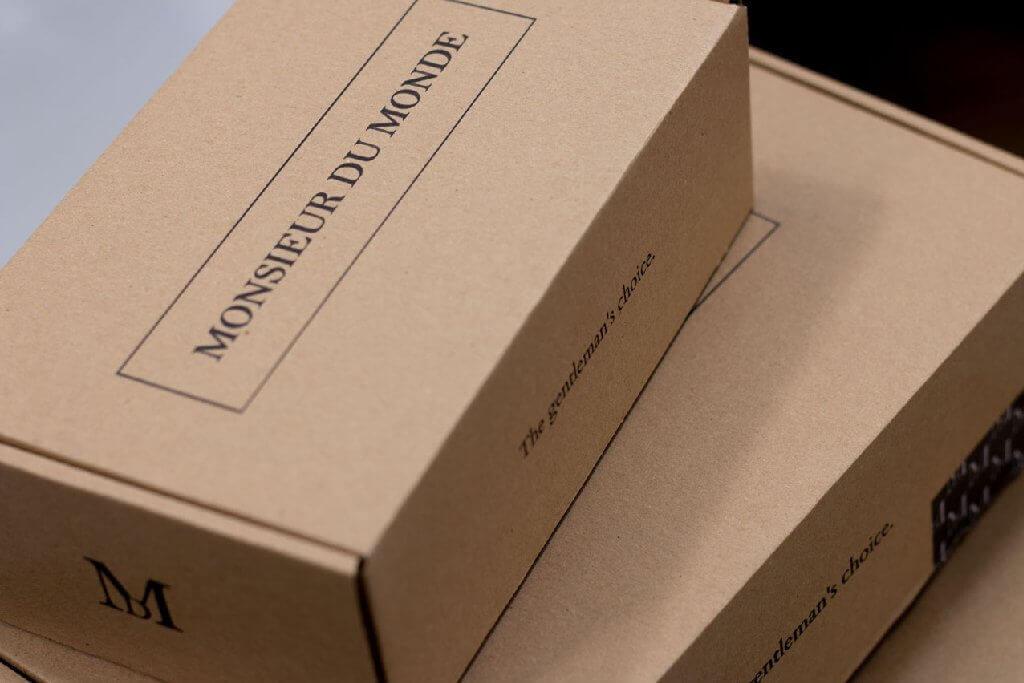cajas de cartón de Monsieur du Monde