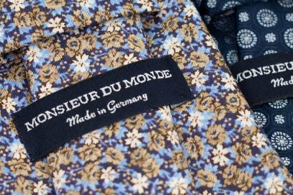 label on a tie from monsieur du monde