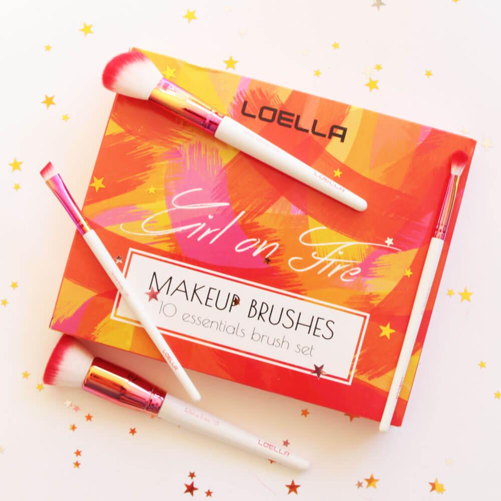 Loella Cosmetics Verpackung mit Pinsel