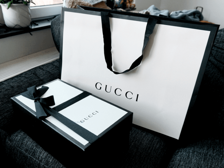 two piece box and luxury paper bag from guccy