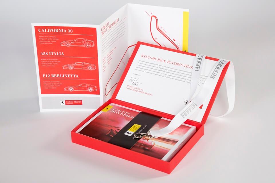 Welcome kit rosso Ferrari