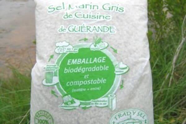 Sac biodégradable pour emballer du sel