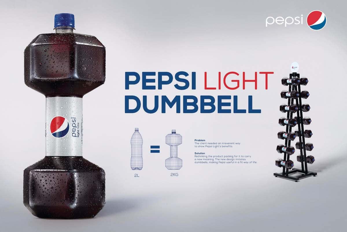 Packaging innovant de Pepsi avec sa bouteille en forme d'altère