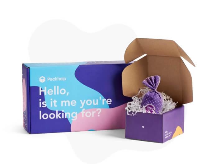 caja postal para una tienda de ropa online