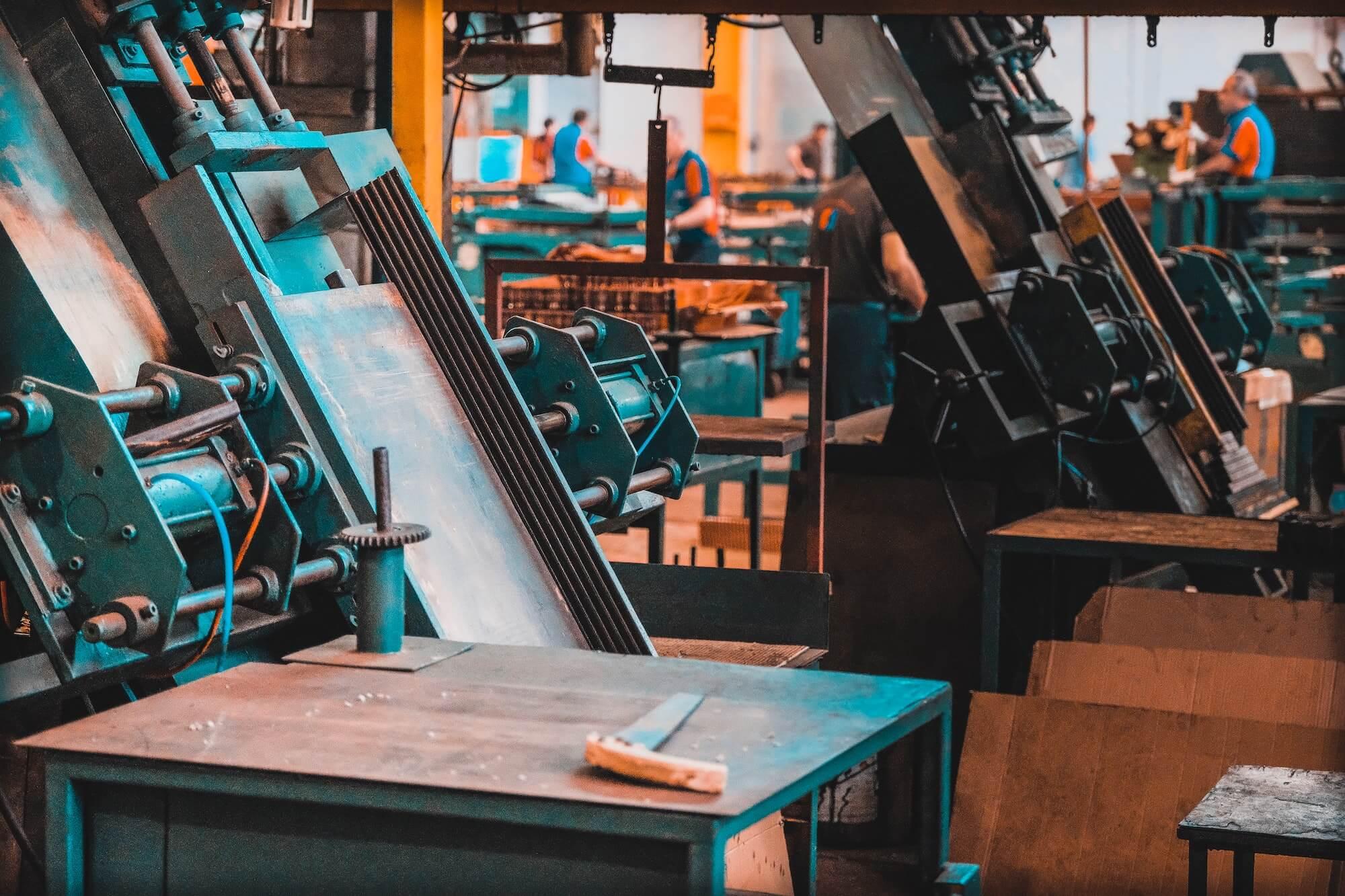 Machines de production dans une usine