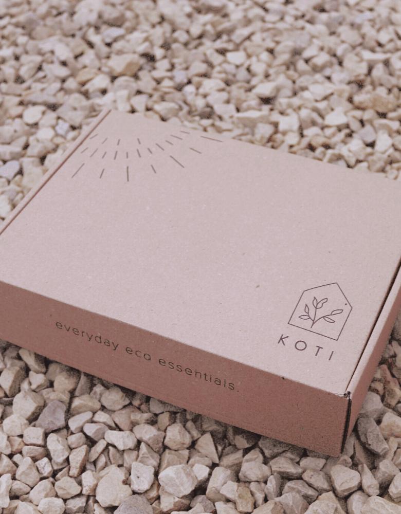 caja de cartón reciclado de la marca Koti