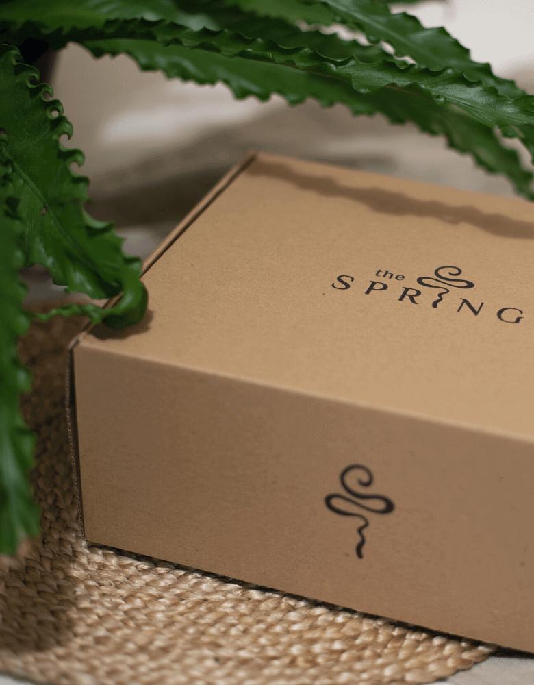 The Spring vende sus productos en cajas de cartón ecológicas