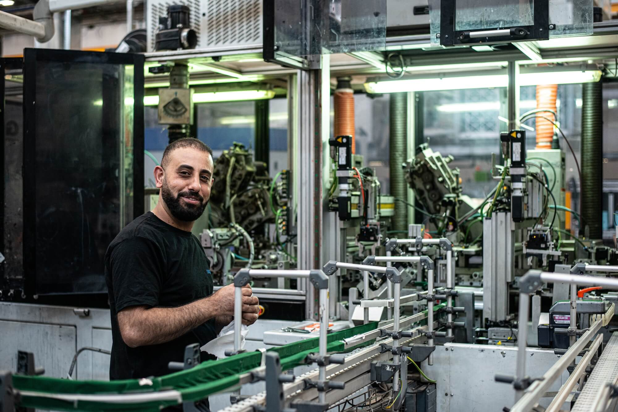 Ouvrier dans une usine de fabrication