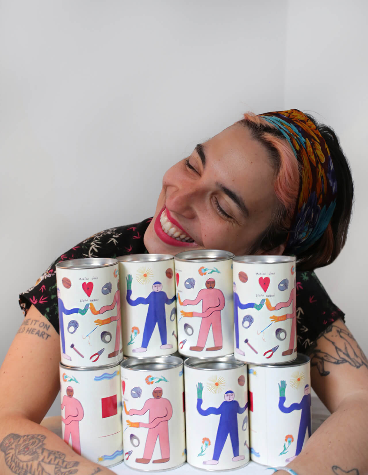 Maria Siero avec le packaging Studio Halbuki