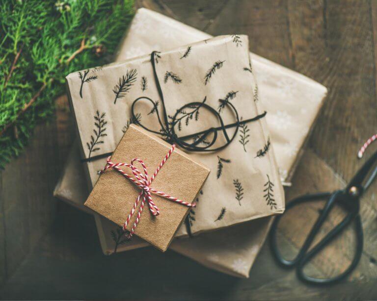 Regalos promocionales: una estrategia clásica (y que nunca falla) para conectar con tus clientes en Navidad