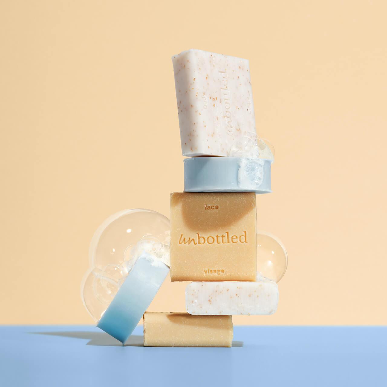 Produits cosmétiques écologiques empilés de Unbottled