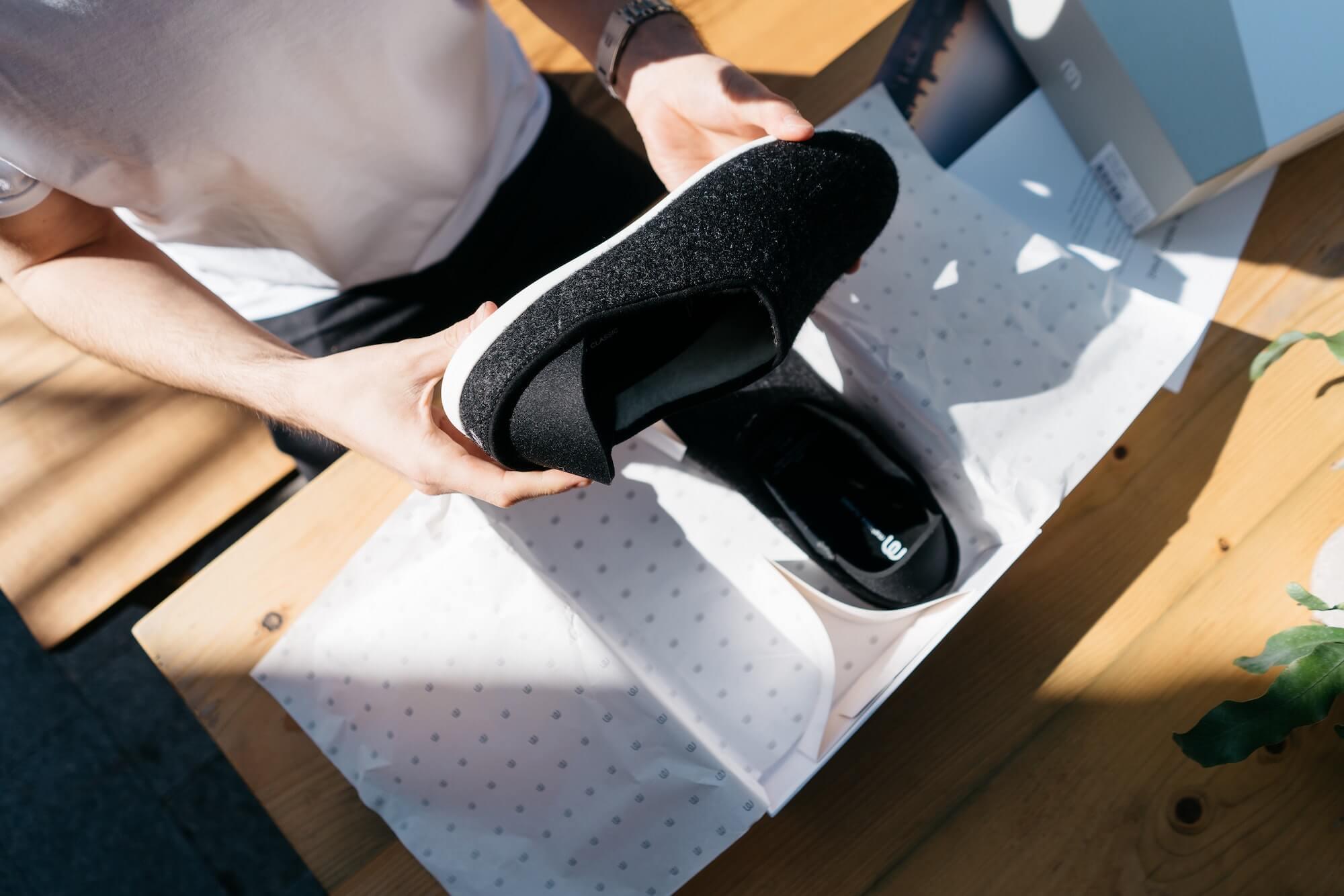 Unboxing d'une paire de chaussures