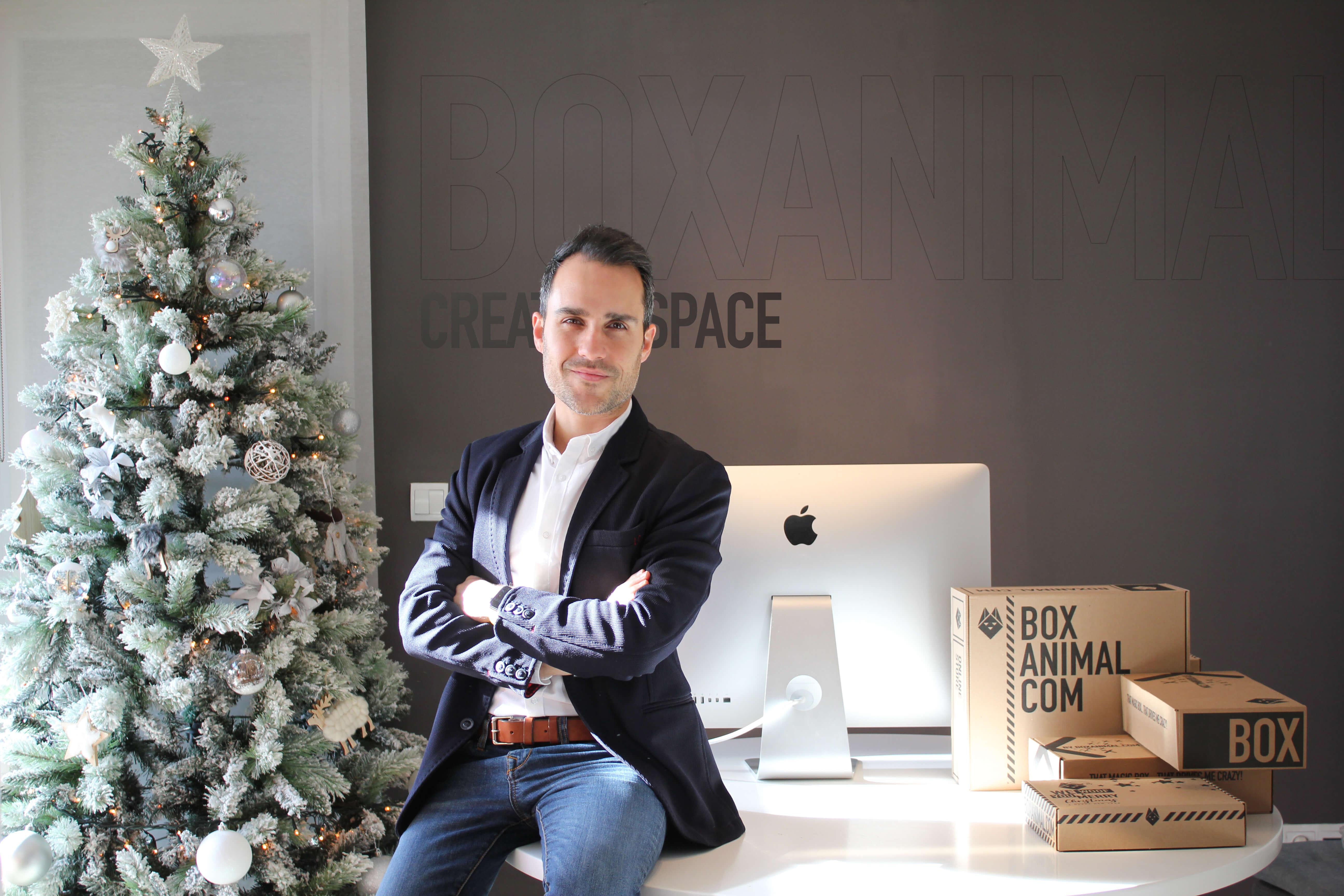Juan Antonio es el fundador de BOXANIMAL