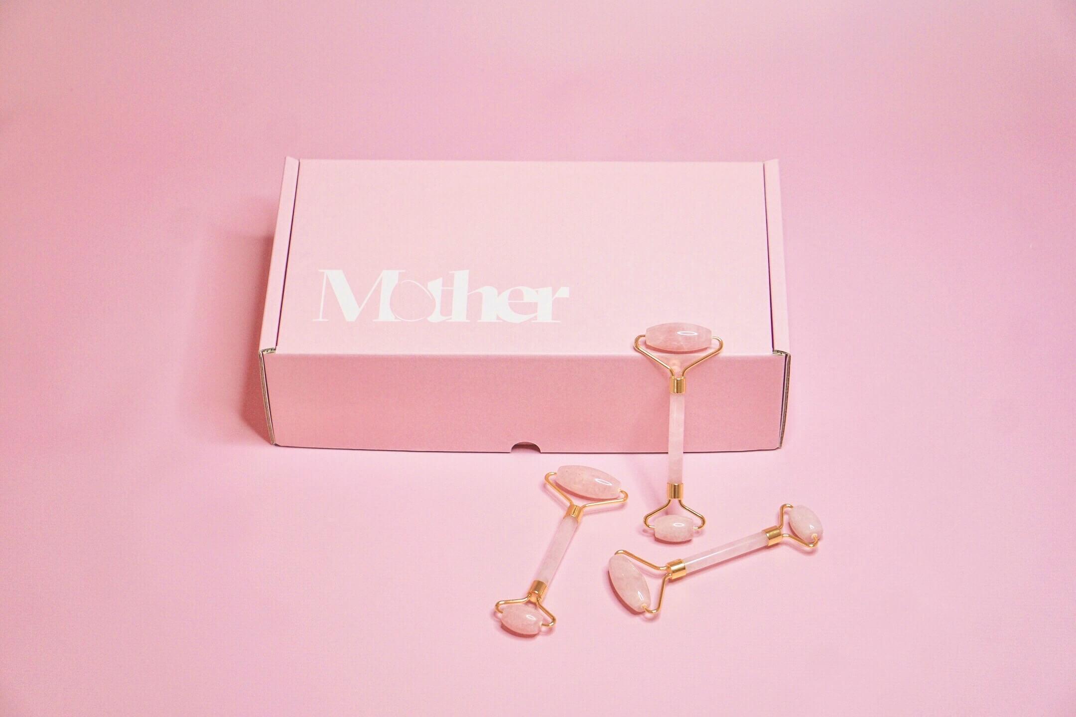caja personalizada de la marca M0ther
