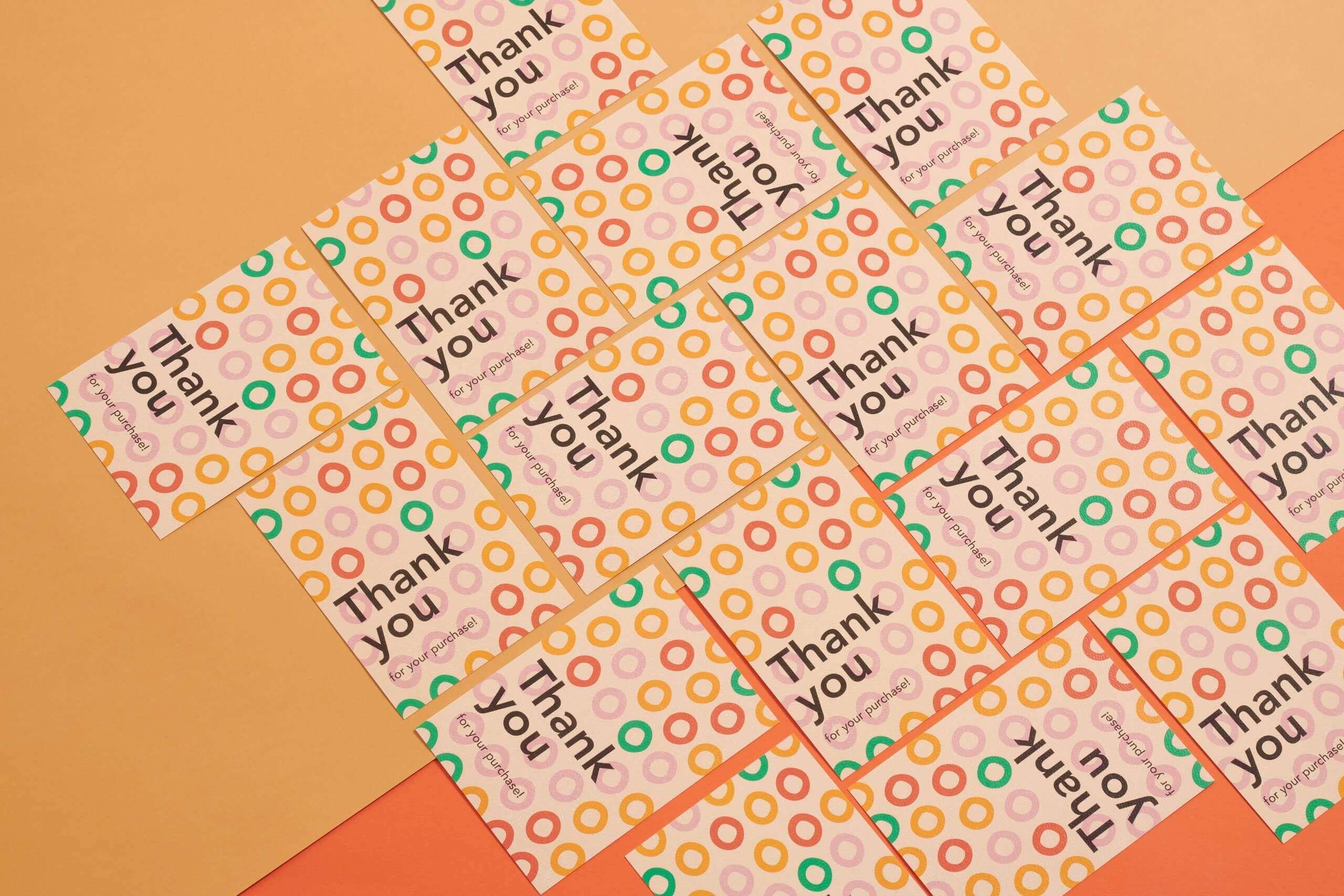 Cartes de remerciement colorées Packhelp