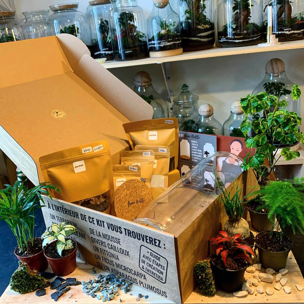 Boîte en carton d'emballage Green Bottle Design avec ses produits