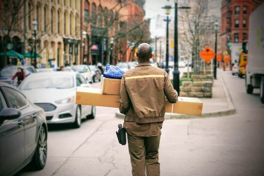 Courier on delivery