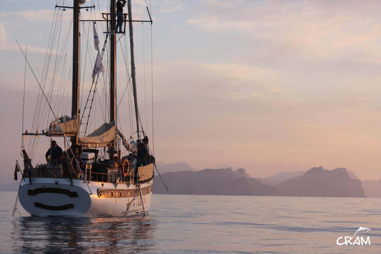 Barca a vela scientifica della fondazione CRAM