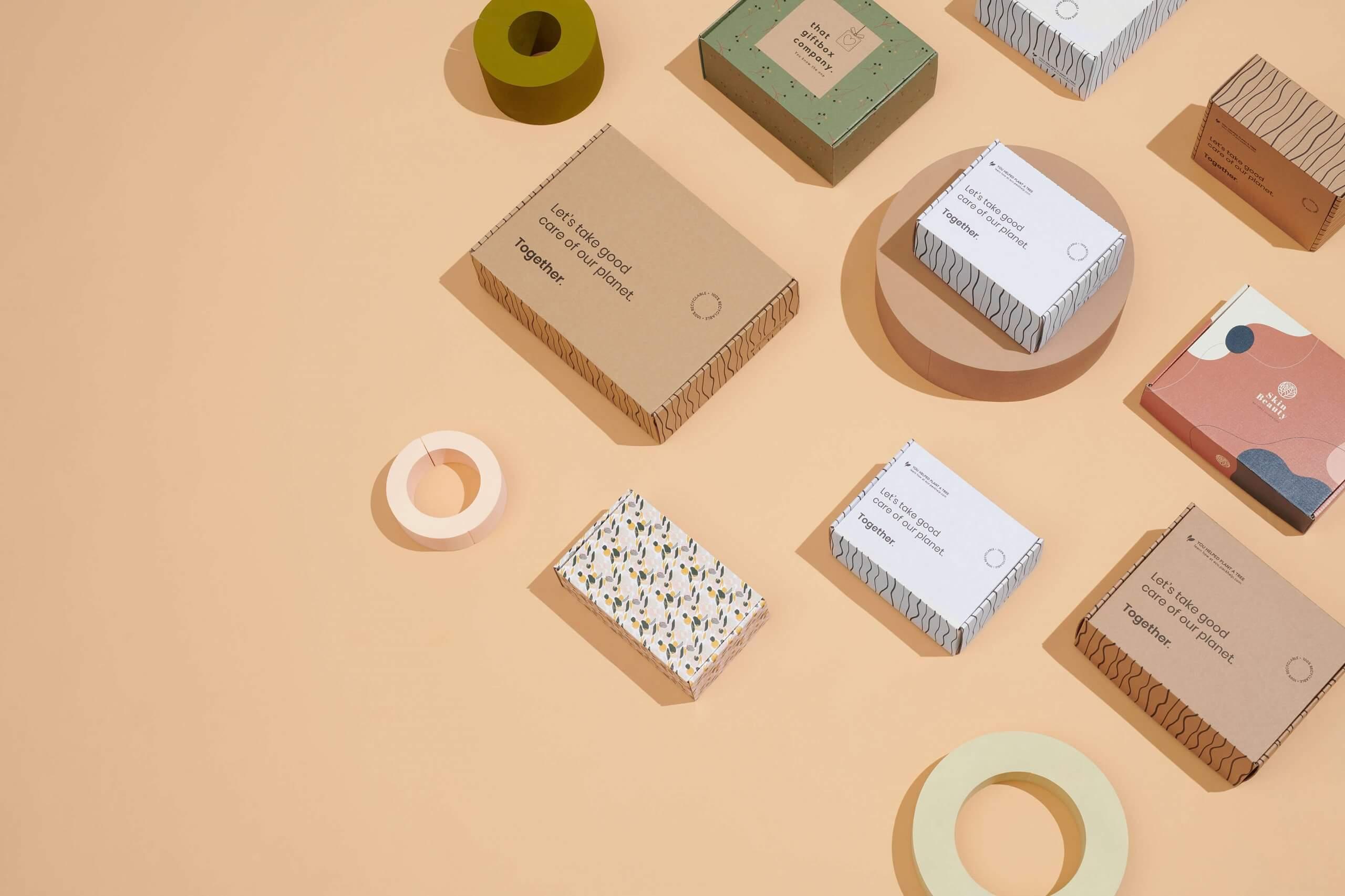 packhelp packaging logistics