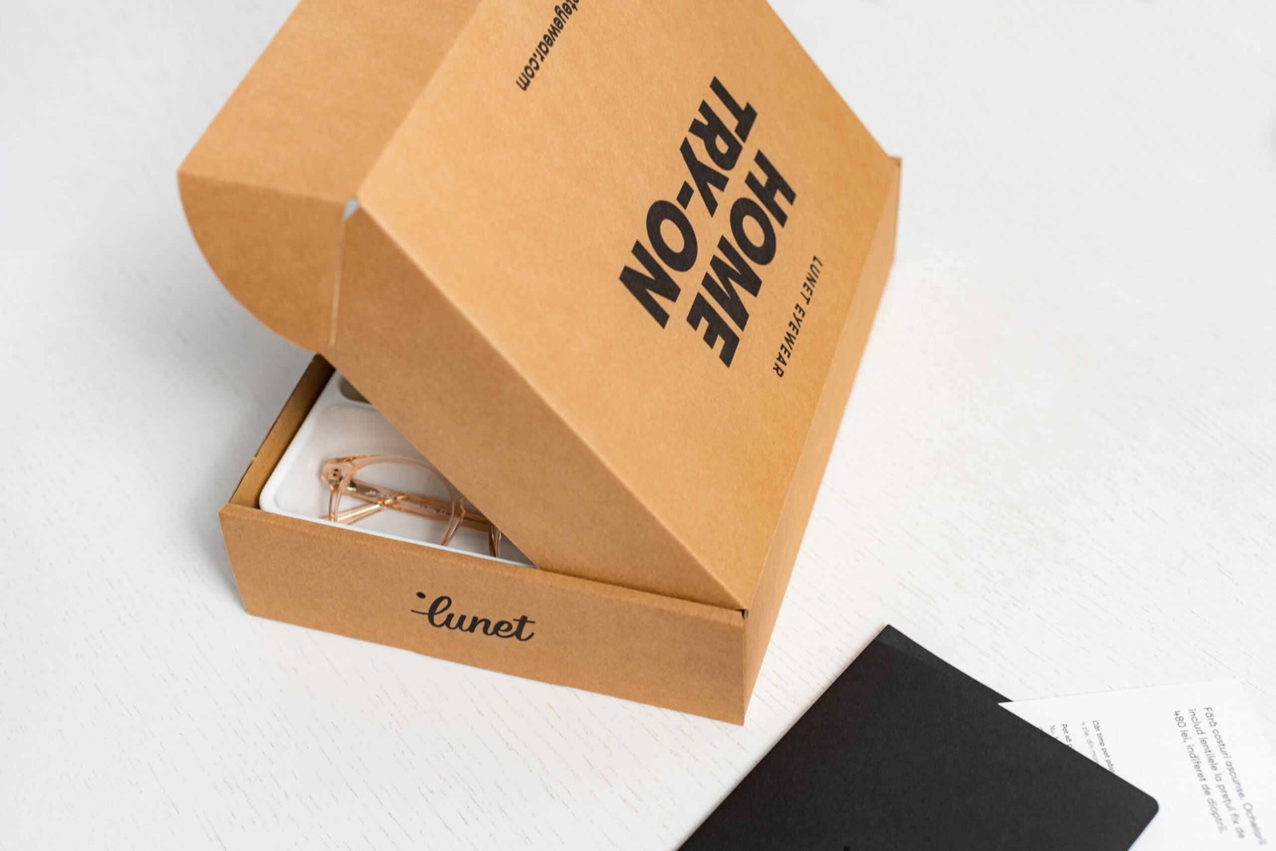 cutie curierat ochelari 1
