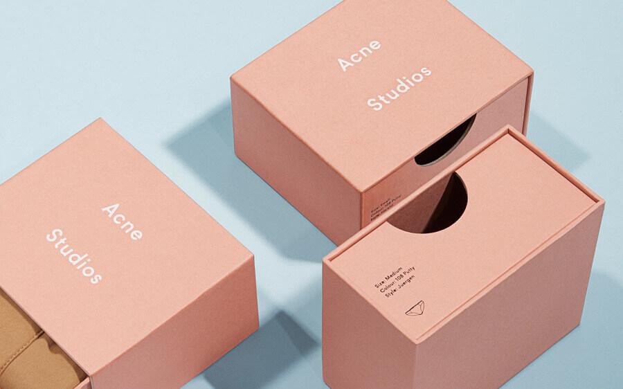 cutie produse intime