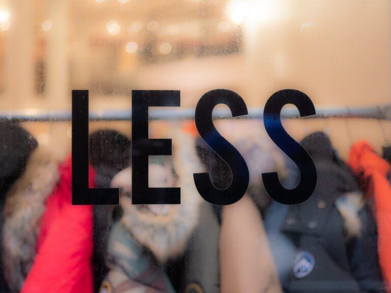 Slow & Fast Fashion, greenwashing : mieux comprendre ces concepts et leurs enjeux