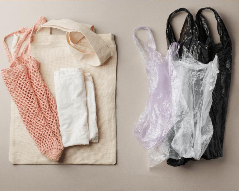 Normativa sobre bolsas de plástico: todo lo que tu comercio debe saber al respecto