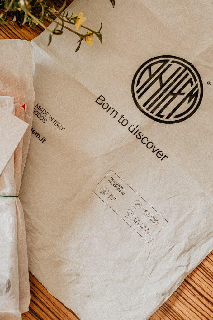 Anthem Brand Co. dettagli packaging